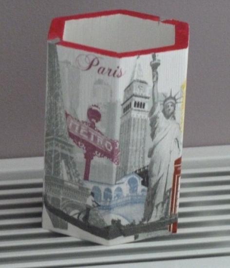 """Paris New york Londres"""