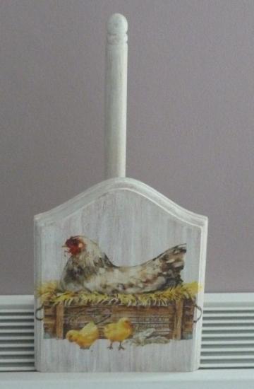 """""""poule dans le nid""""       stock : 1"""