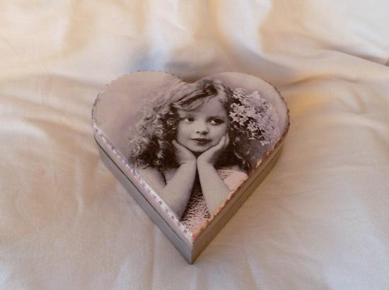 """coffret à bijoux coeur vintage """"petite fille"""""""